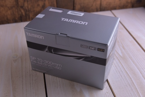Tamron SP 70-300mm F/4-5.6 Di VC USD (Model A005) 箱