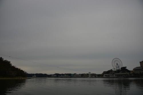 見れば見るほど凹む勢いの曇り空