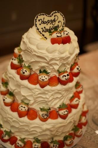定番のウェディングケーキ