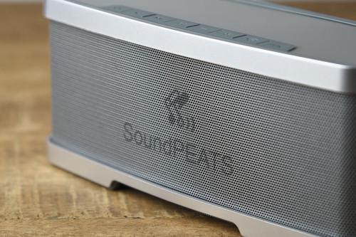 SoundPEATSのロゴが入ってます